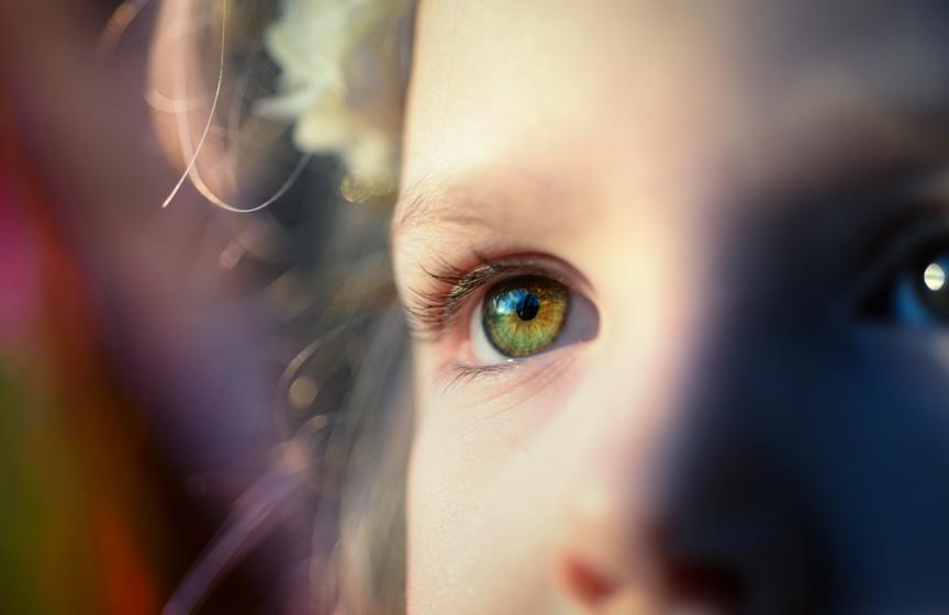 Read more about the article 《德米安:徬徨少年時》大人才懂的德式哲學,從文字中找自己、擁抱自己,貝緹麗采和皮斯托留斯